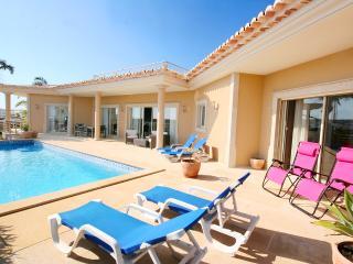Villa Atlantico, luxury 4 bedroom villa sleeps 10 - Lagos vacation rentals