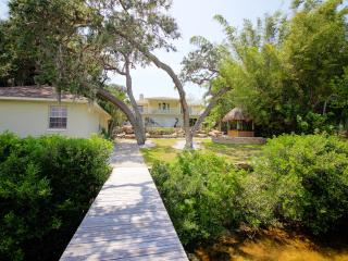 """""""New Listing"""" Dolphin Cove Villa Waterfront Estate - Clearwater vacation rentals"""