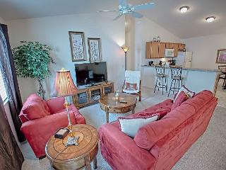 Pet friendly Patio Villa in the Village of Buttonwood with golf cart - The Villages vacation rentals