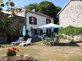 Beautiful 1 bedroom Bed and Breakfast in Aubusson with Internet Access - Aubusson vacation rentals