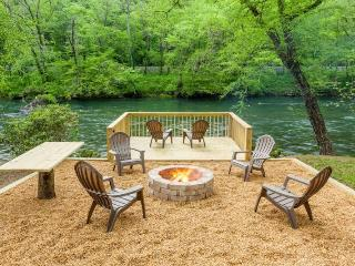Toccoa River Getaway-15 Minutes from Blue Ridge - Mineral Bluff vacation rentals