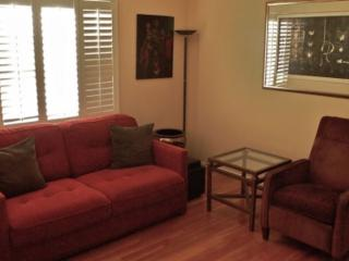 Furnished 1-Bedroom Apartment at W 21st St & West View St Los Angeles - Lucerne vacation rentals
