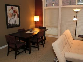 1 bedroom Condo with Internet Access in Seattle - Seattle vacation rentals