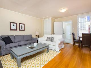 Spacious 2BR by Flat Lafayette Park - San Francisco Bay Area vacation rentals