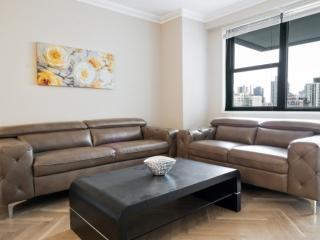 2 bedroom Condo with Internet Access in Manhattan - Manhattan vacation rentals