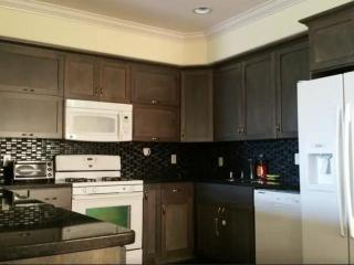 Bright 2 bedroom Hollywood Condo with Internet Access - Hollywood vacation rentals