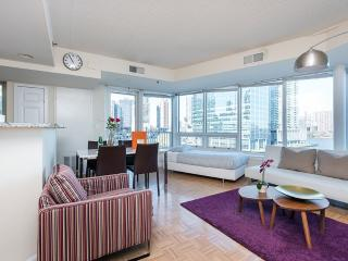 Luxurious 2 Bedroom, 2 Bathroom Apartment in Jersey City - Amazing Views - Jersey City vacation rentals