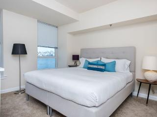 2 bedroom Condo with Internet Access in Jersey City - Jersey City vacation rentals