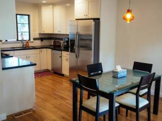 3 bedroom Condo with Internet Access in Central Coast - Central Coast vacation rentals