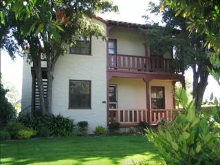 1 bedroom Condo with Internet Access in San Mateo - San Mateo vacation rentals