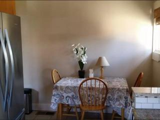 Furnished 2-Bedroom Apartment at S Almaden Ave & W Reed St San Jose - San Jose vacation rentals