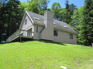 Simple cabin-style home close to skiing, golf, dining & more! - West Dover vacation rentals