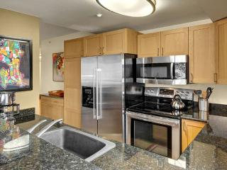 Furnished 2-Bedroom Condo at 2nd Ave & Pike St Seattle - Seattle vacation rentals