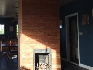 Furnished 3-Bedroom Apartment at Shattuck Ave & Woolsey St Berkeley - Berkeley vacation rentals