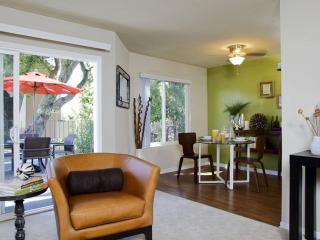 Cozy and Bright 2 bedroom Apartment - San Rafael - San Rafael vacation rentals