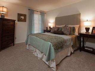 Furnished 1-Bedroom Apartment at E Arques Ave & N Wolfe Rd Sunnyvale - Sunnyvale vacation rentals