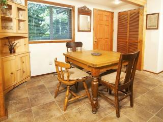 1 bedroom Condo with Internet Access in Baring - Baring vacation rentals