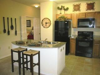 Furnished 2-Bedroom Apartment at Loop 250 Frontage Rd & Billingsley Blvd Midland - Midland vacation rentals