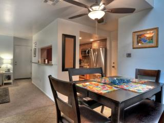 Furnished 3-Bedroom Townhouse at Euclid St & Lampson Ave Garden Grove - Garden Grove vacation rentals