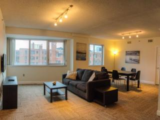 Furnished 2-Bedroom Apartment at L St NW & 26th St NW Washington - Rosslyn vacation rentals