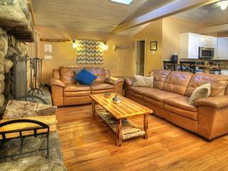 Beautiful Riverfront Ranch with Views/Hot Tub! - Gold Bar vacation rentals