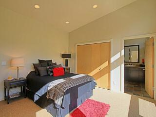Charming and Spacious 3 Bedroom Home in Seattle With Hot Tub - Baring vacation rentals