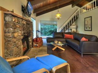 Cozy Secluded Hideaway W River & Mountain Views - Index vacation rentals