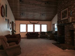Beautiful Family Lodge - Mountain View vacation rentals