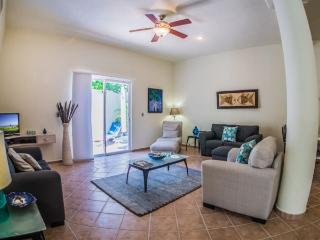 Very Private 2 bedroom just off of 5th Avenue! - Playa del Carmen vacation rentals