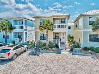 Beautiful House with Internet Access and Shared Outdoor Pool - Santa Rosa Beach vacation rentals