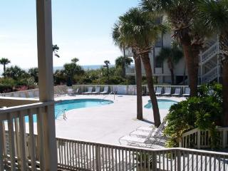 134 The Breakers across from Coligny Plaza - Hilton Head vacation rentals