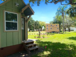 Lakeview Tiny Home by Legoland/Disney w/ boats! - Winter Haven vacation rentals