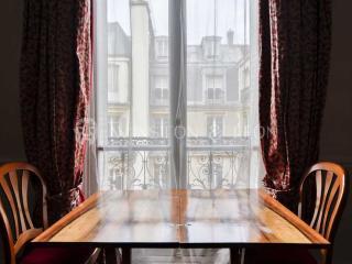 ref.10044 - Paris vacation rentals