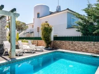 Casa Birre Guesthouse Bed&Breakfast - Cascais vacation rentals