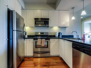 2 bedroom Condo with Internet Access in Glendale - Glendale vacation rentals