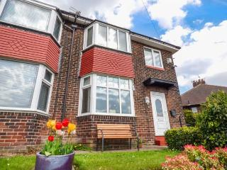 RED GATE, semi-detached, open fire, private garden, conservatory, nr - Manchester vacation rentals