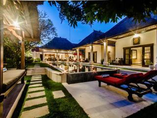 2 Bedrooms - Villa Kebun - Central Seminyak - Seminyak vacation rentals