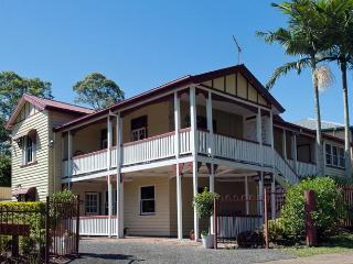 Charming 3 bedroom Bed and Breakfast in Mudgeeraba - Mudgeeraba vacation rentals