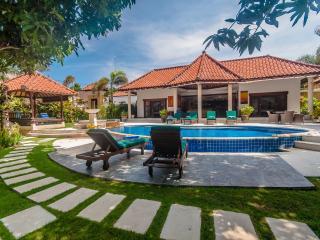 3 Bedrooms - Villa Ginger - Central Seminyak - Seminyak vacation rentals