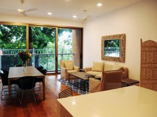 Beautiful Condo with Internet Access and A/C - Colombo vacation rentals