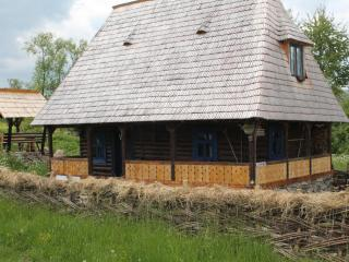 Perfect Cottage with Internet Access and Central Heating - Breb vacation rentals