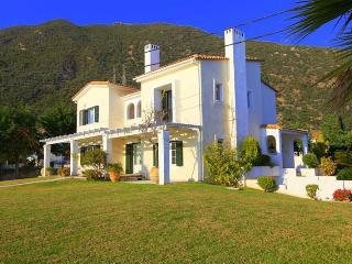 1SG42016 Villa Kallirhoe for unforgetable holidays - Patras vacation rentals