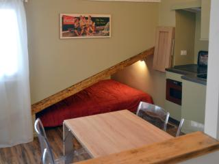 Beautiful 1 bedroom Vacation Rental in Trieste - Trieste vacation rentals