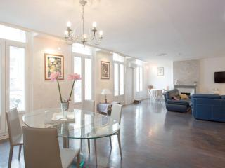 3 bedroom Apartment with Internet Access in Toulon - Toulon vacation rentals