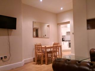 2 BR - Row, Marble Arch / Hyde Park (5) - London vacation rentals