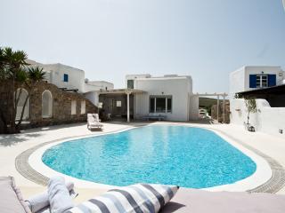 3 bedroom Villa with Internet Access in Ftelia - Ftelia vacation rentals