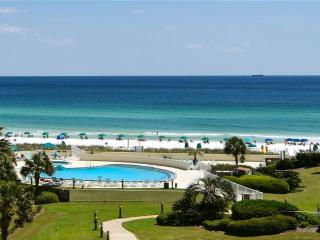 Beautiful 2 bedroom Apartment in Miramar Beach with Internet Access - Miramar Beach vacation rentals