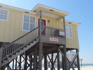 """Seascape"" 4 Bedroom, 2 Bath - Sleeps 9, Directly on the Gulf - Great Deck! - Dauphin Island vacation rentals"