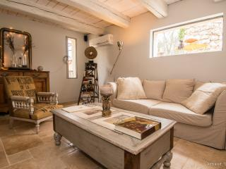 Cozy 3 bedroom Le Rouret Bed and Breakfast with Internet Access - Le Rouret vacation rentals