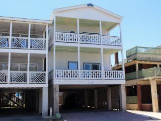 Oceanview Condominums - Unit B #5-B 17th Street - FREE Wi-Fi - Tybee Island vacation rentals